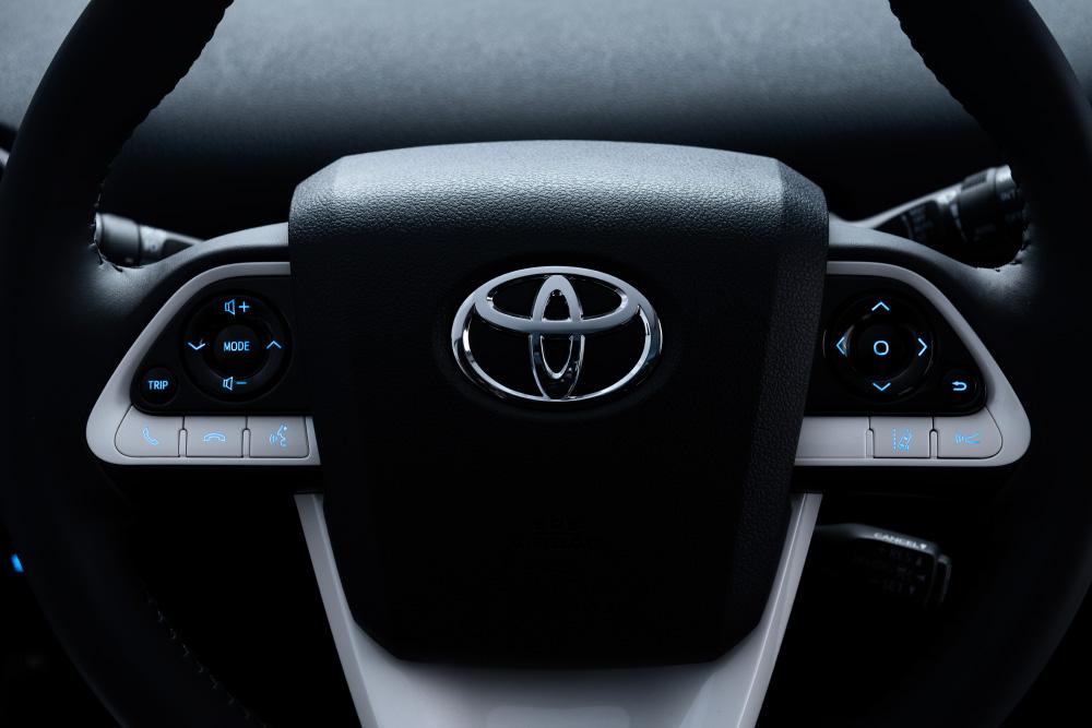 2016 Toyota Prius steering wheel