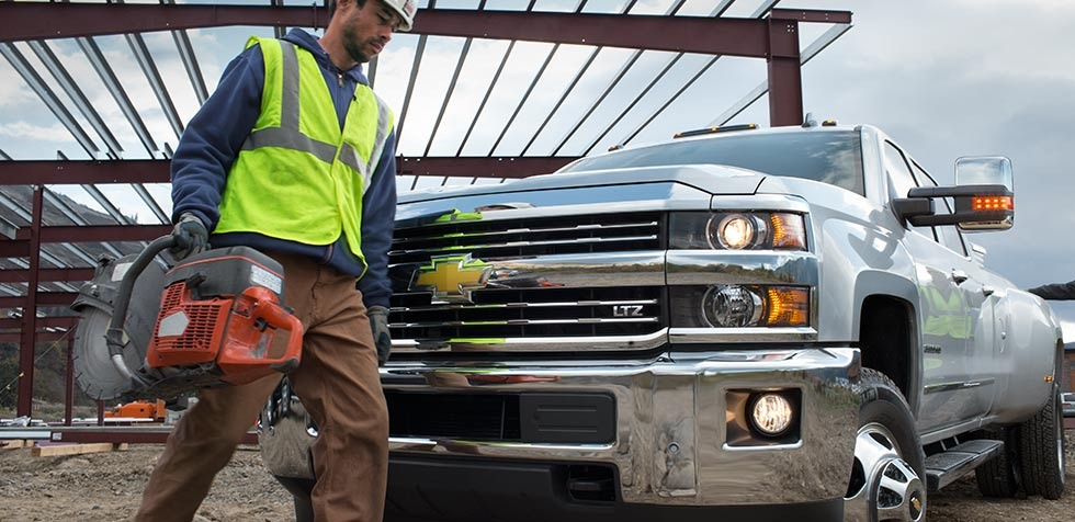 2015-chevrolet-commercial-vehicles-cnt-well-2-construction-gallery-1-980x476