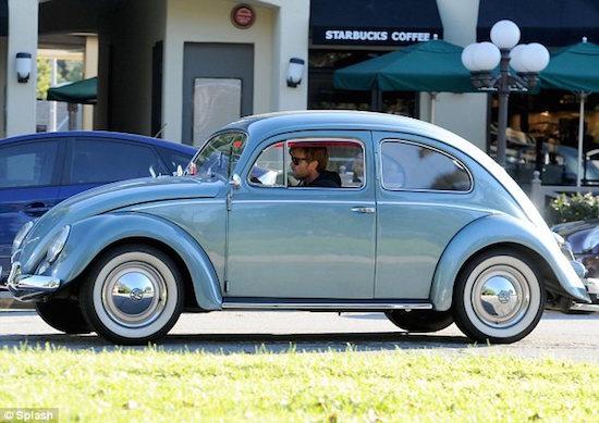 Classic-Volkswagen-Beetle