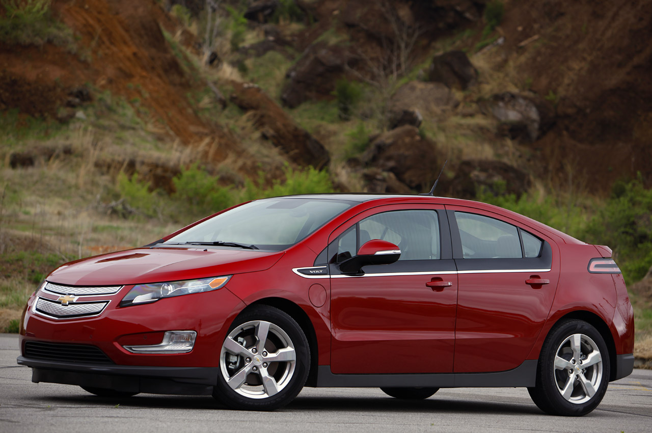 All Chevy 2011 chevrolet volt mpg : Five Used Cars for Tech-Savvy Buyers
