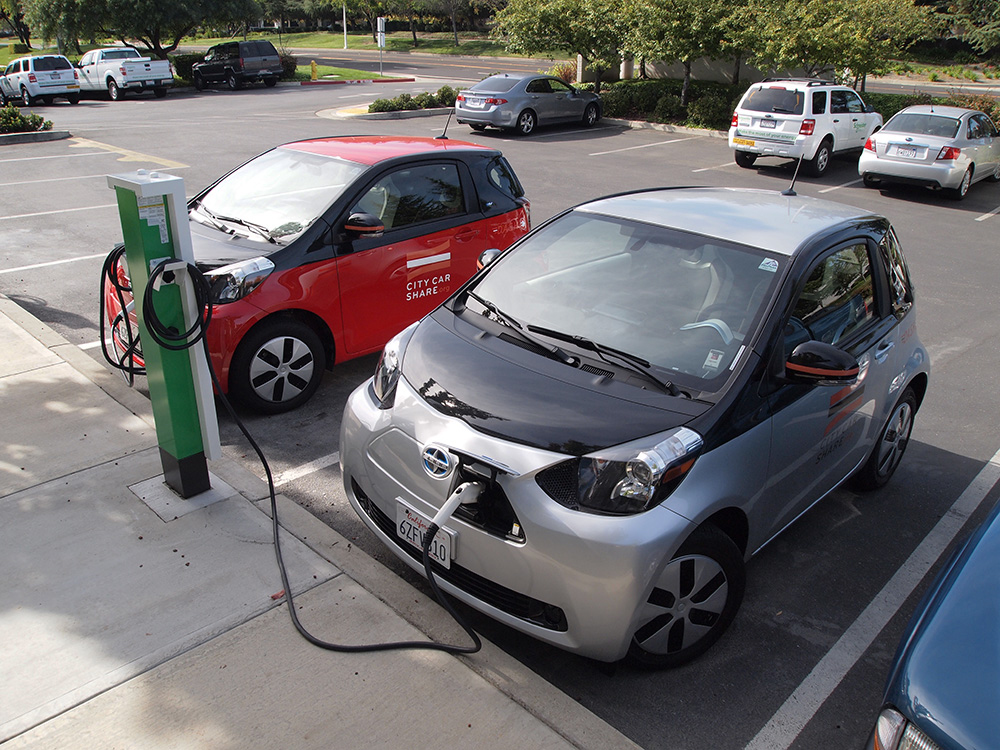 plugged in electric cars