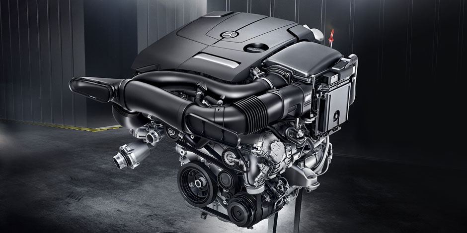 C-Class Coupe Engine