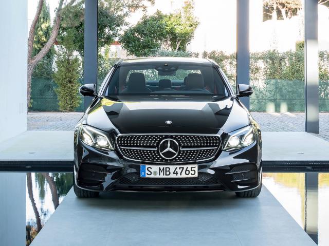 Mercedes_is_giving_its_respectable-d482b9ffaf7c14bbe54e1b8adf7e4c2d