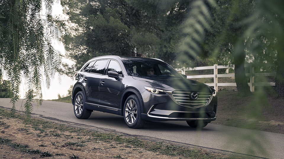2016 Mazda CX-9 exterior view