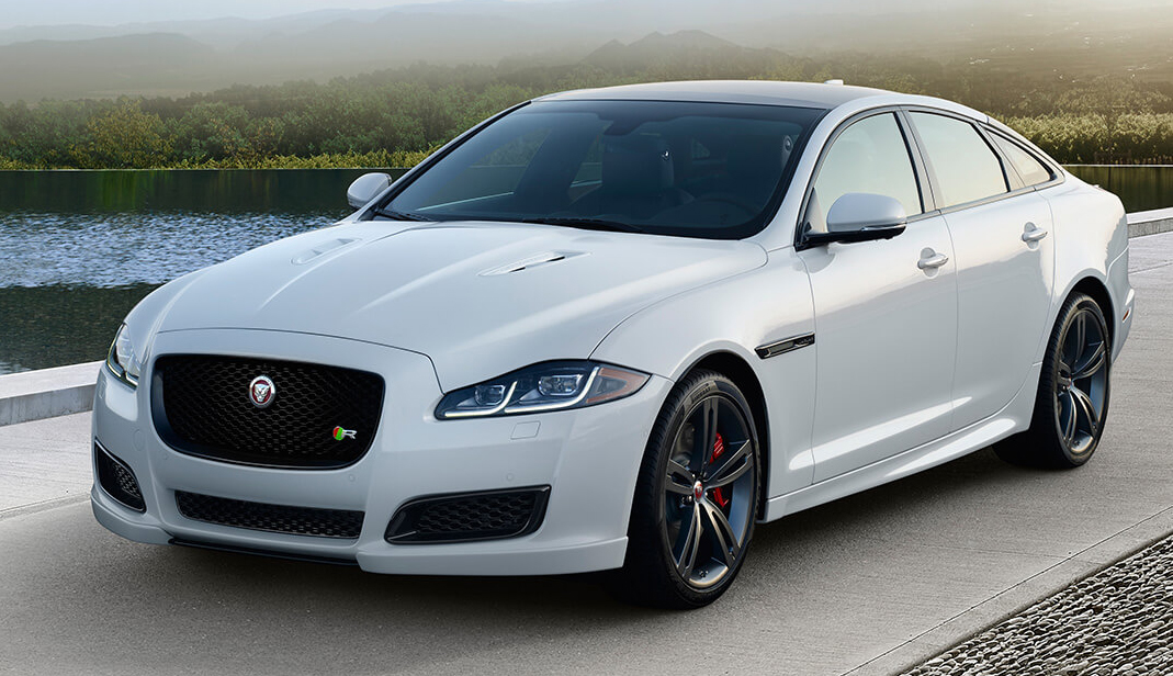 2017 Jaguar XJR white