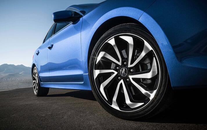 2017-Acura-ILX-wheels