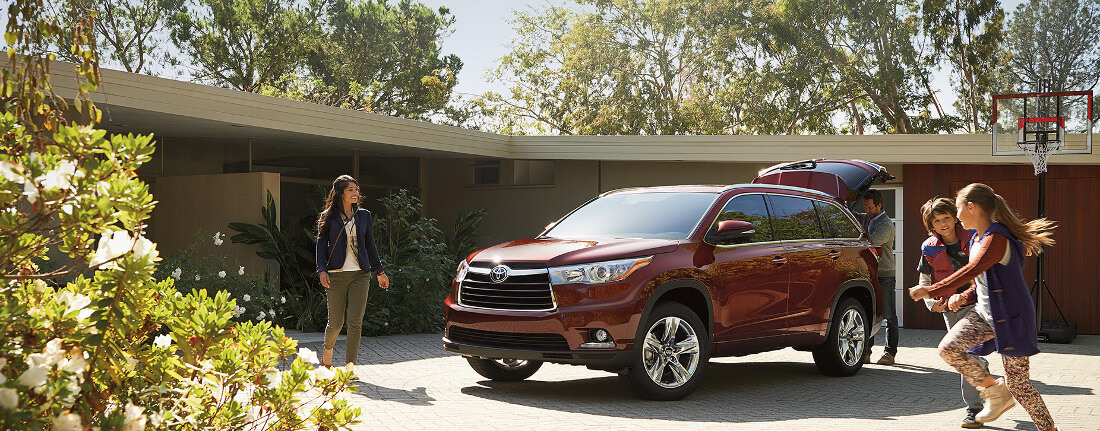 how much can the 2016 toyota highlander haul. Black Bedroom Furniture Sets. Home Design Ideas