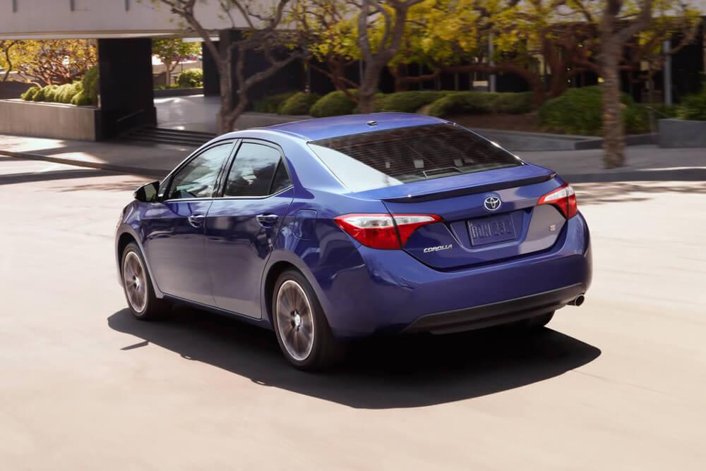2016 Toyota Corolla plates