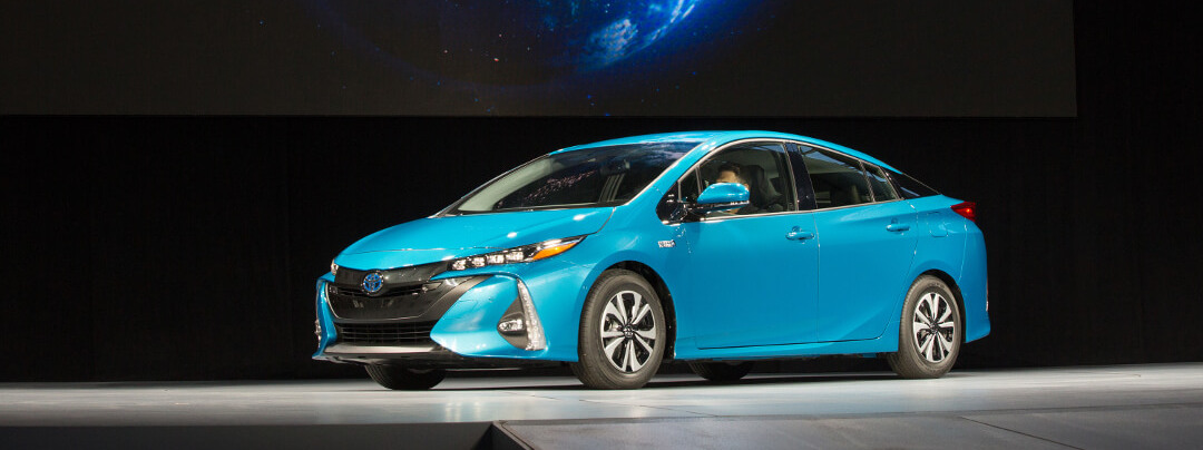 2017 toyota prius prime plug in hybrid release date. Black Bedroom Furniture Sets. Home Design Ideas