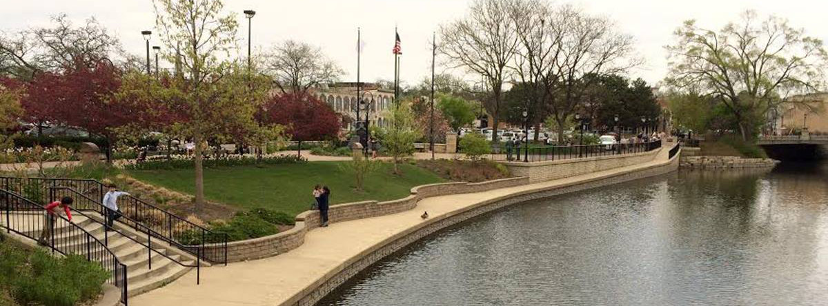 What To Do At The Naperville Riverwalk