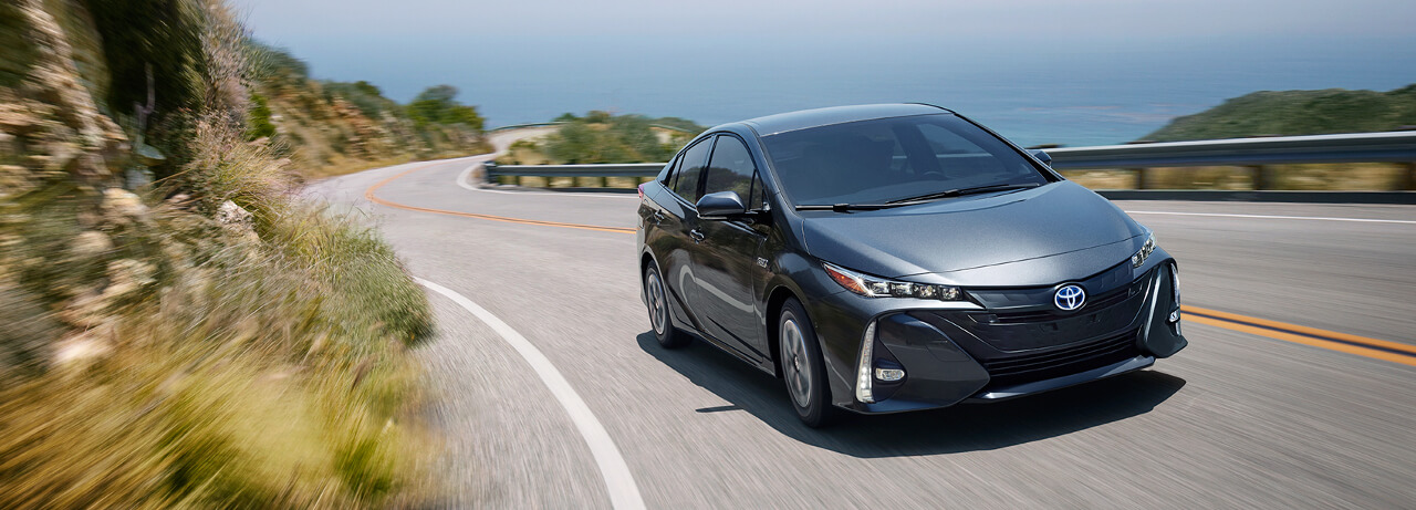Learn More About The 2017 Toyota Prius Prime Options