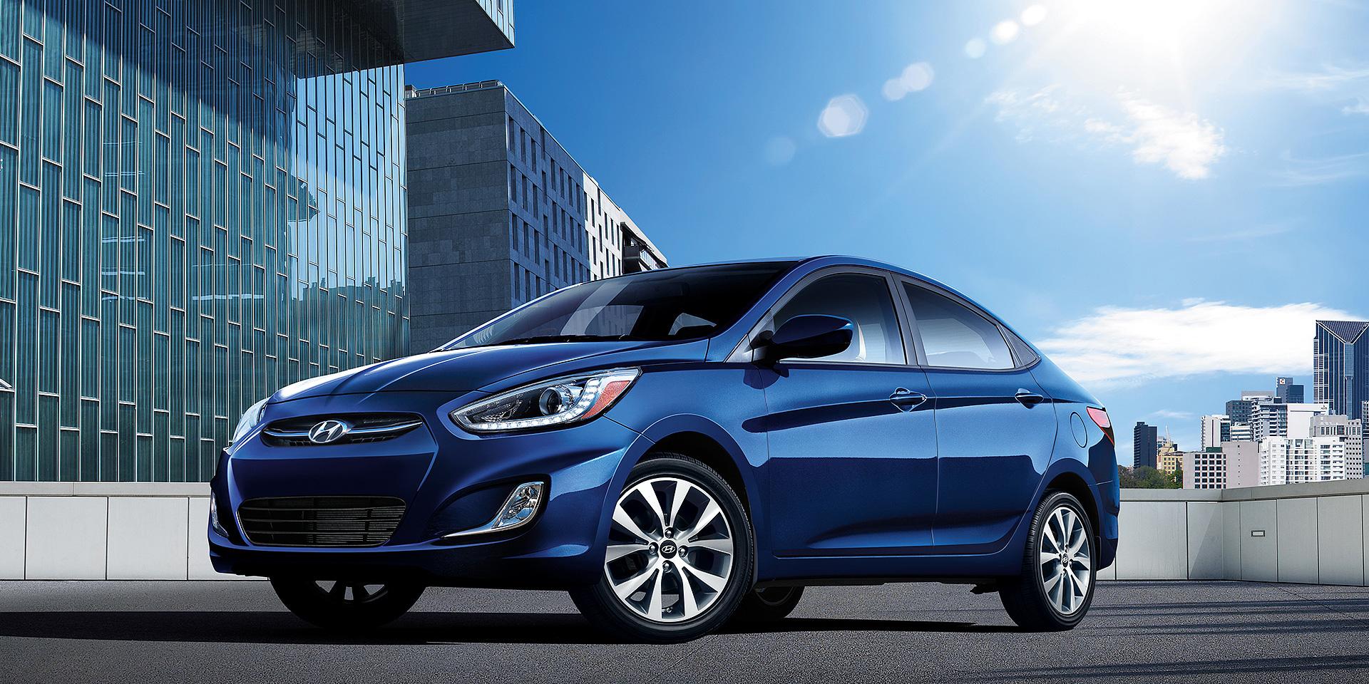 2016 Hyundai Accent Vs Kia Rio 2010 4 Door Sedan Exterior