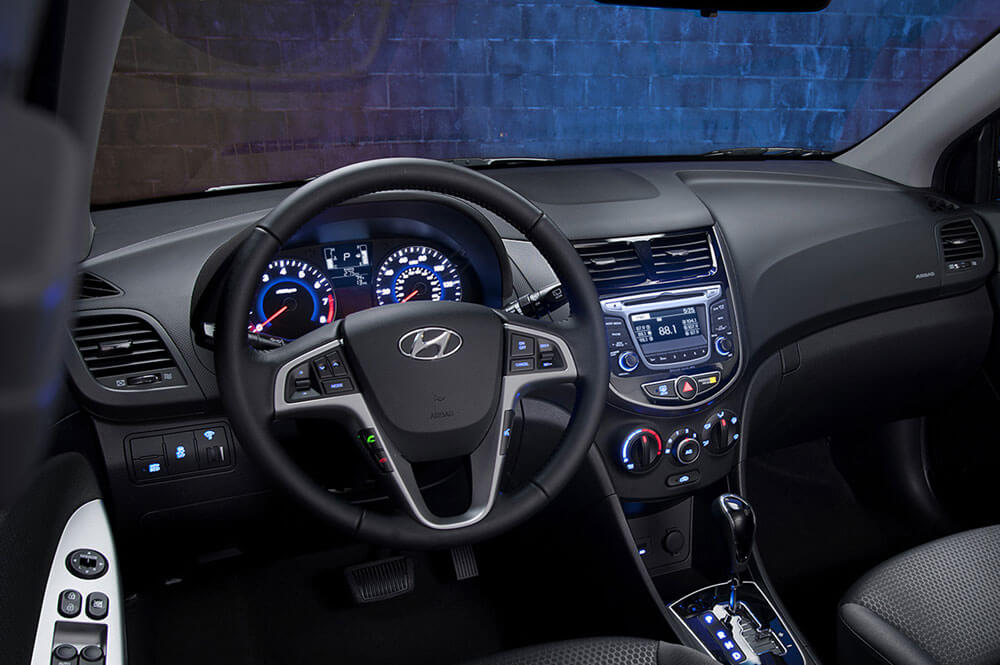 2017 Hyundai Accent interior tech