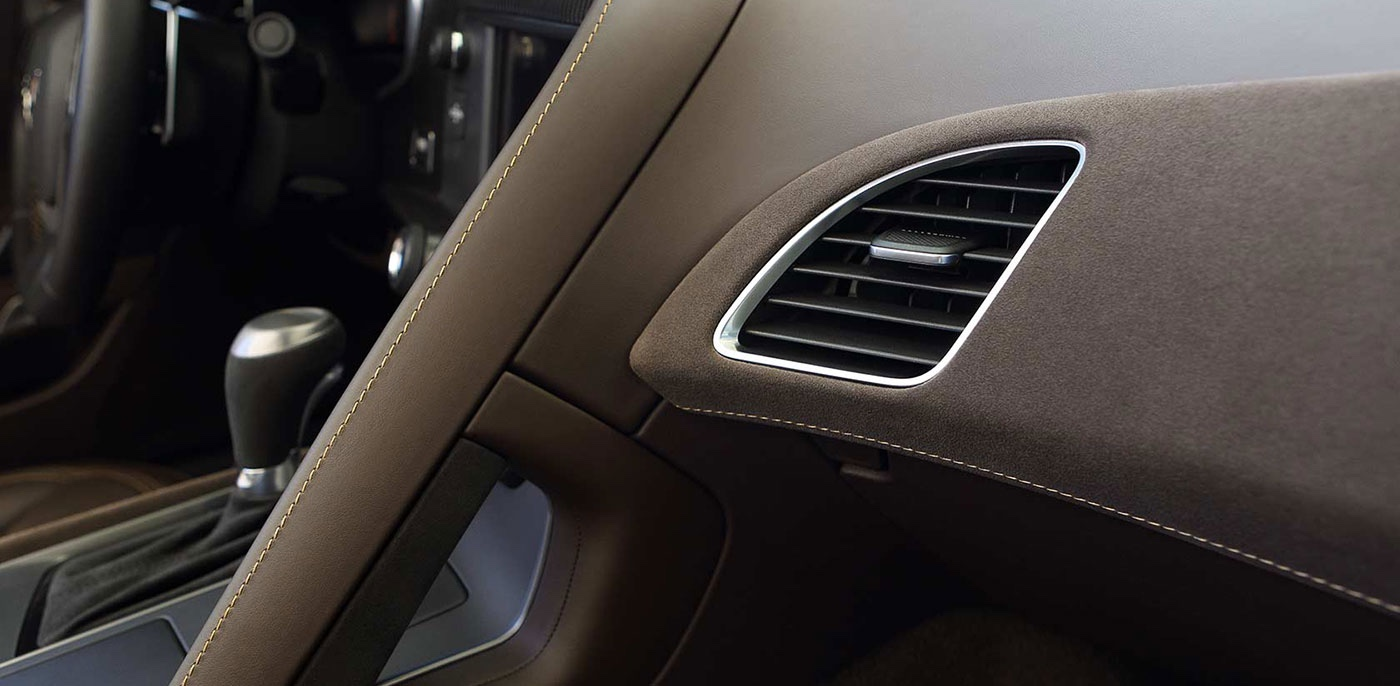 2015 Chevrolet Corvette Stingray Interior Features