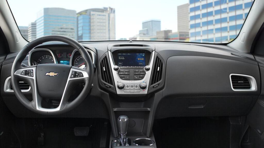2017 Chevrolet Equinox front interior