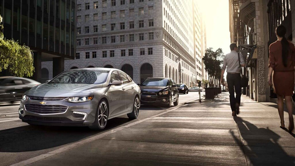 2017 Chevrolet Malibu front view grey exterior model