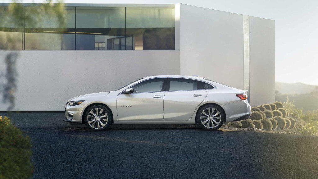 2017 Chevrolet Malibu side view
