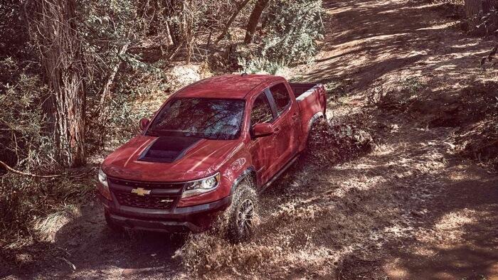 2017 Chevrolet Colorado red exterior model