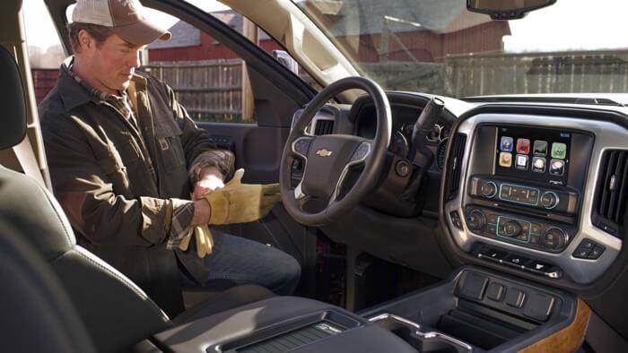 2017 Chevrolet Silverado 3500HD front interior