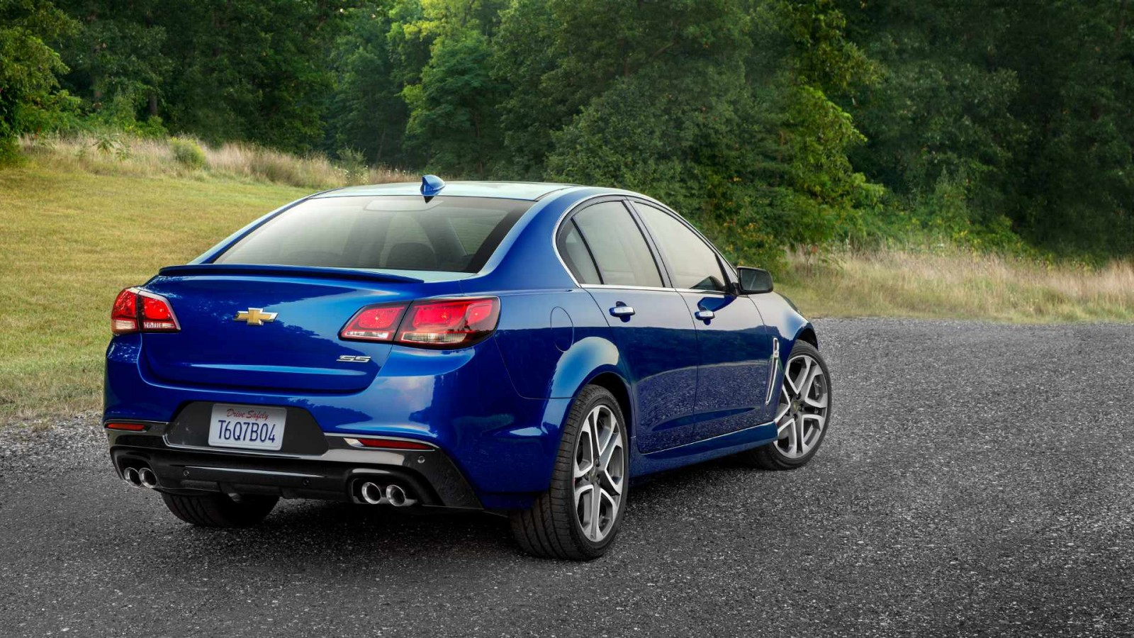 2016 Chevrolet SS blue exterior