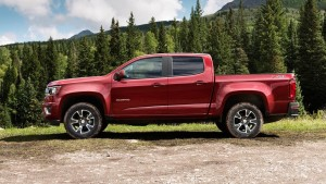 2016 Chevy Colorado side view