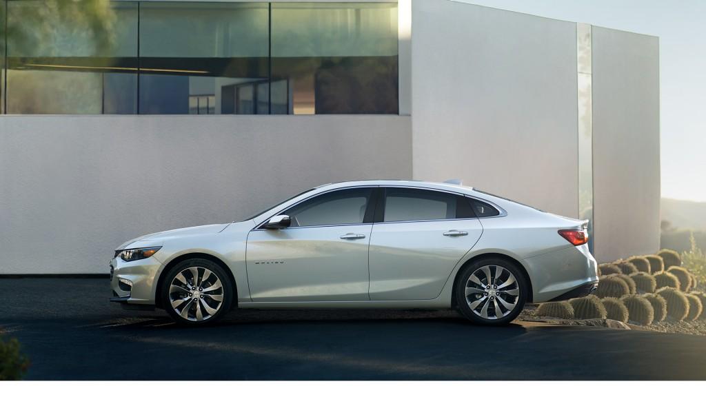 2016 Chevrolet Malibu light exterior