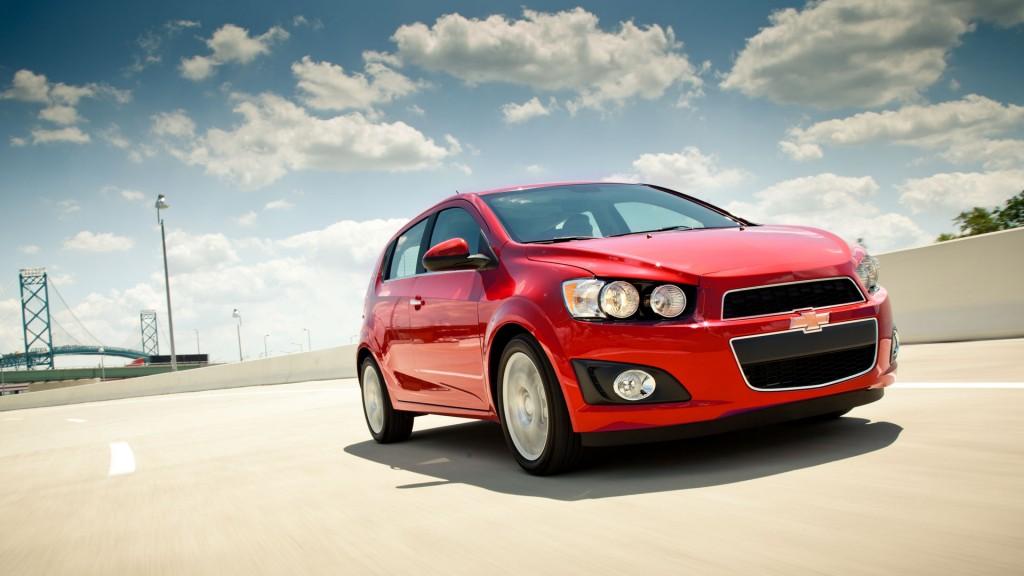 2016 Chevrolet Sonic red exterior