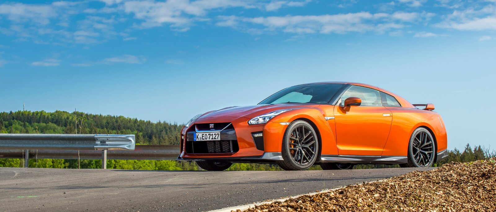 The jaw dropping 2017 nissan gt r is firing up the detroit for Orange city motors inc