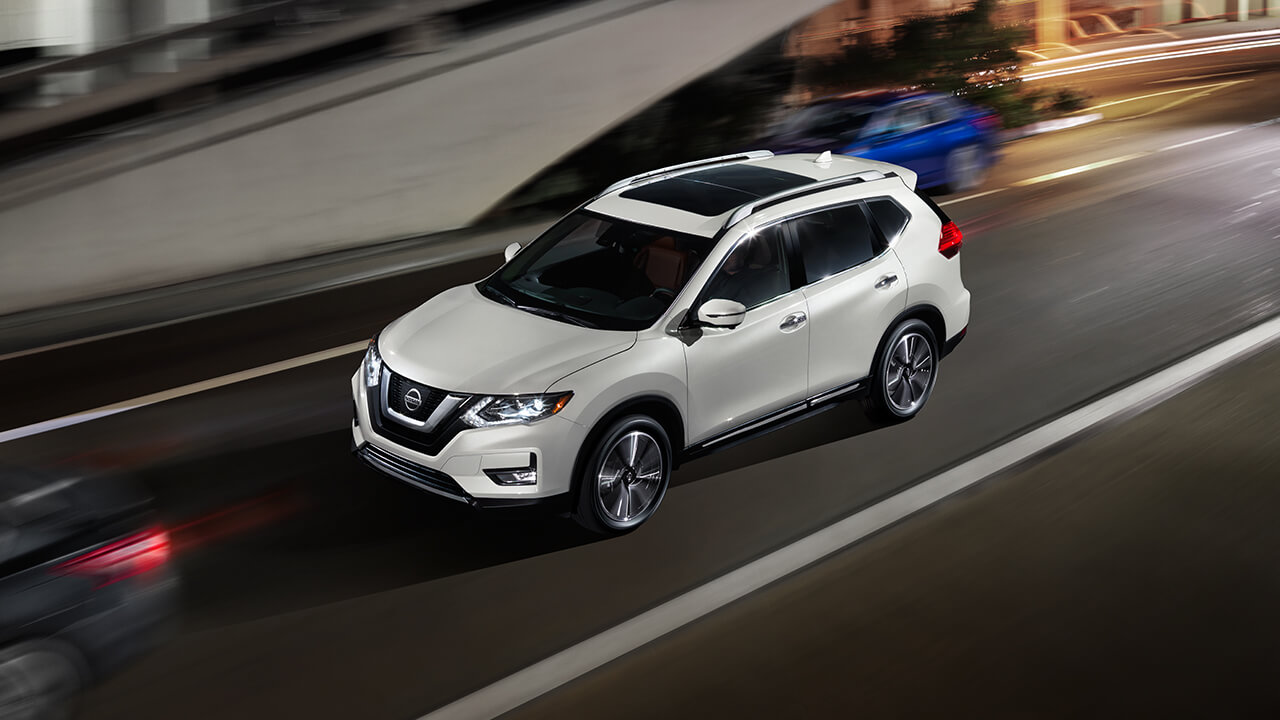the 2017 nissan rogue is yours to drive in detroit. Black Bedroom Furniture Sets. Home Design Ideas