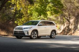 2017_Toyota_Highlander
