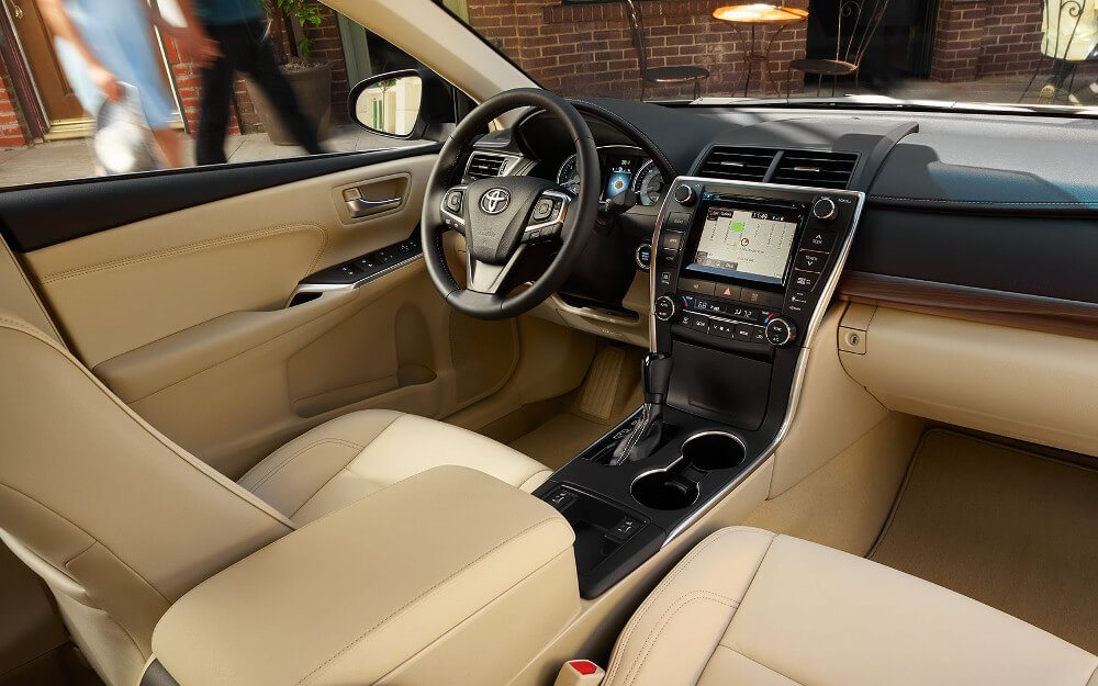 The Stylish and Comfortable 2017 Toyota Camry Interior